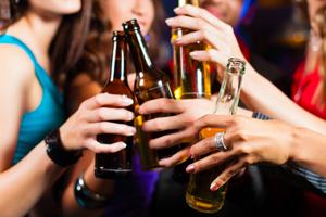 0206 02 本当に「お得」なパーティーづくり 賢い飲み放題の利用法