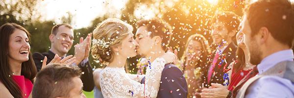 0428 01 どう盛り上げる? 結婚式の二次会を成功させるコツ
