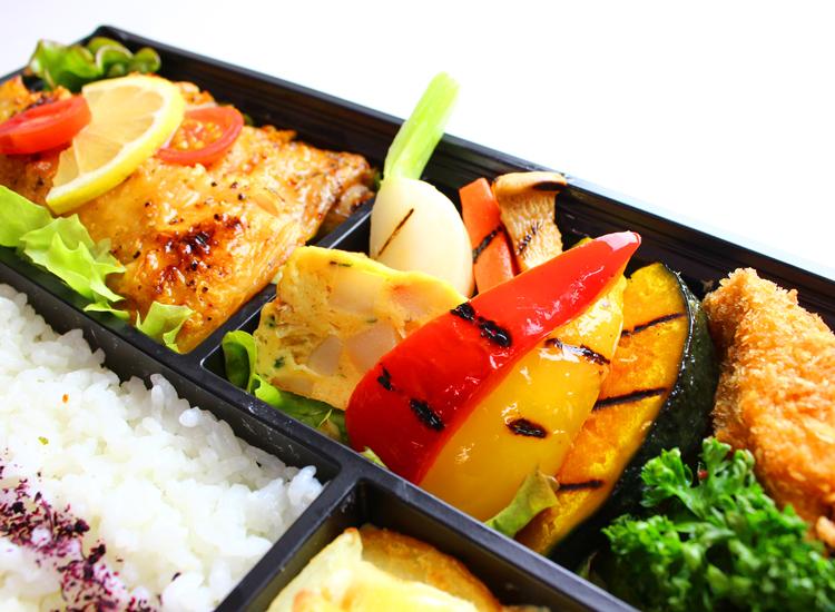 LunchboxB-003